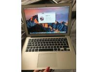 "Apple MacBook Air ""Core i5"" 1.6 13"" (Early 2015)"