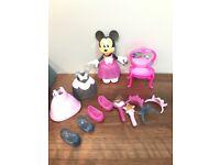 Minnie fashion doll