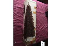 CHRISTMAS ITEMS. TREE LED REINDEER PRELIT TOPIARY