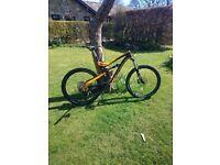 LaPierre Zesty AM 427 Full Suspension Mountain Bike