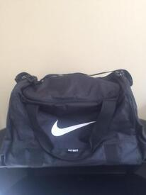 Nike Large Black Holdall