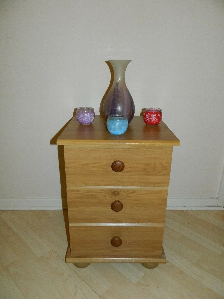 Bedside table with drawers, chest of drawers