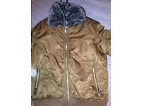 Glorious gangsta fur coat (M)