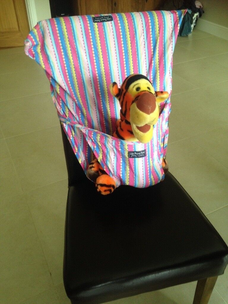 cbdc676bce JoJo Super Soft Pack-Away Pocket Highchair   in Much Hadham ...