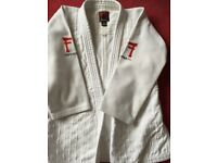 White Fighting Films judo gi Superstar 750 - good condition size 150 cm.