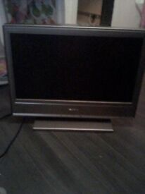 "Sony bravia 20"" lcd tv with original remote"