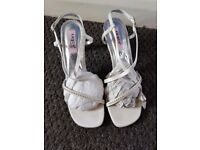 brandnew ivory shoes size 7/8