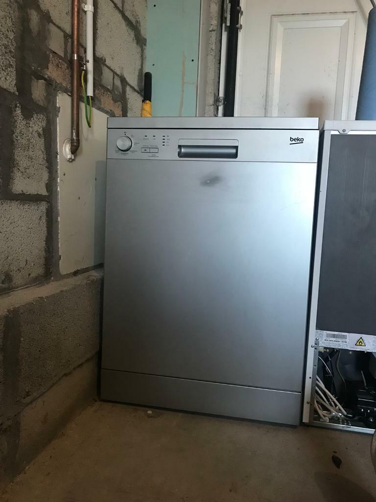 Beko Dishwasher Silver
