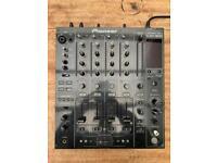 Pioneer DJM 800 Professional DJ Mixer + DJM Flightcase