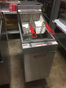 NEW VULCAN 40LB DEEP FRYER - RESTAURANT EQUIPMENT SUPER SALE