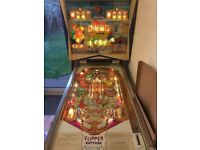 FLYING CHARIOTS (1963) Gottlieb Pinball Machine. (Ben-Hur themed Pinball)