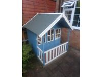 Kids playhouse in great condition