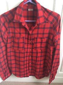 Holister shirt