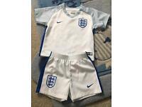England home football shirt & shorts 9-12 months