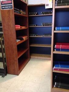 CRÉDENCES, BIBLIOTHÈQUES, ARMOIRES, MEUBLES DE RANGEMENT DE TOUS GENRES