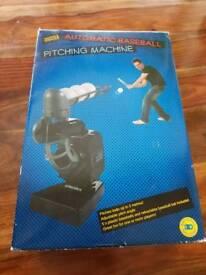 Automatic Baseball pitching machine (New)
