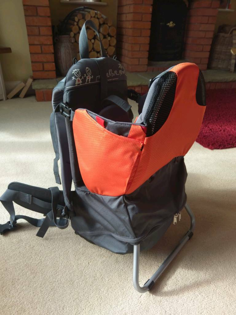 874ac5fe3c8 Phil   teds Parade Baby carrier (never used)