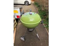 Weber Master Touch GBS 57cm BBQ Spring Green
