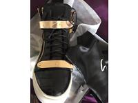 GZ style trainers/sneakers
