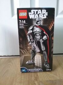 LEGO Star Wars Buildable Figure Captain Phasma