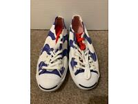 Brand new Converse Jack Purcell blue and white low top trainers. Size 4. Rare.