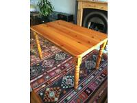 6 SEATER PINE FARMHOUSE DINING TABLE