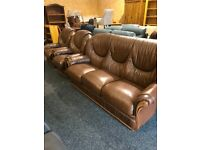 As new Italian 3/1/1 leather suite