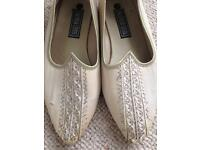 Size 9, Mens Indian Shoes
