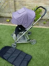 Mamas and papas urbo with cosy toes and raincover.