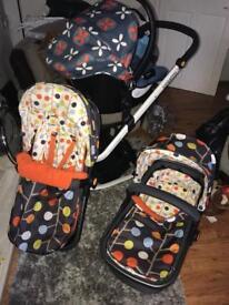 Cosatto giggle 2 full pram set from newborn