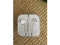 New iPhone 6 earbuds