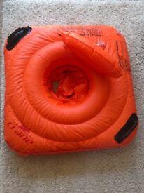 Buoyancy swim seat fits age 3-12months.