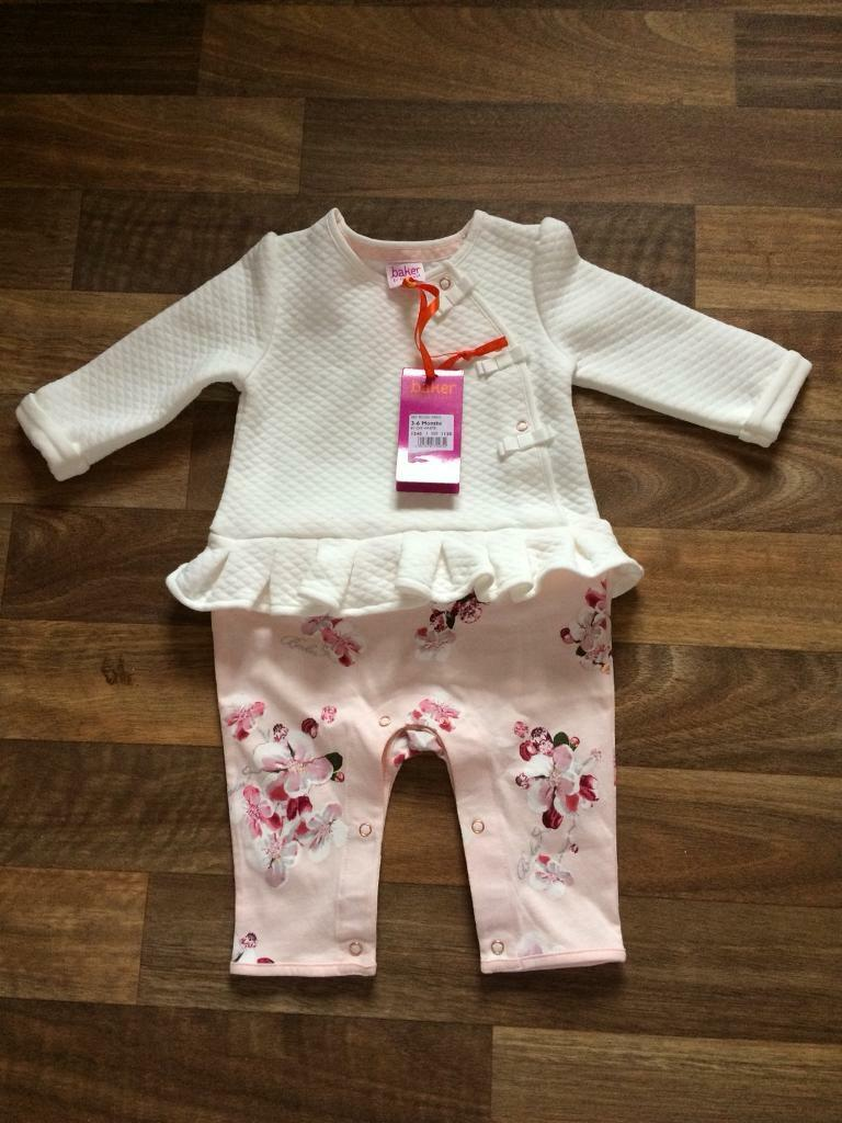 40bc7cccf5f848 Baby Girl Ted Baker Suit (3-6 Months)