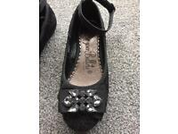 NEW sparkley lace size 12 girls shoes