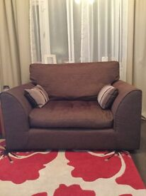 Lovely cuddle chair in brown fabric excellent condition