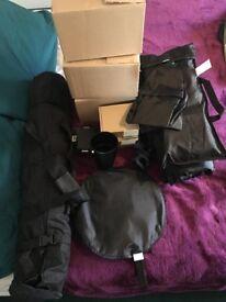 Studio Kit: 3 Flash Heads, 50x70 Light Box, Tripods & Snoot
