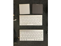 2 Apple Keyboards( (A1314)