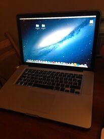 Macbook Pro 15' 2,8 Ghz DDR3 4 Go 256 GB