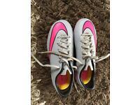 Nike stud football boots size uk 4