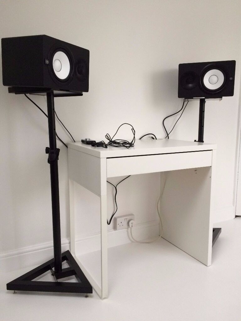yamaha hs7 powered studio monitors and stands in sutton coldfield west midlands gumtree. Black Bedroom Furniture Sets. Home Design Ideas