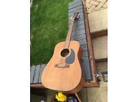 Manhattan acoustic guitar £30