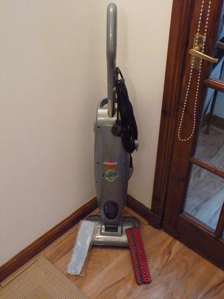 "BISSELL ""FLIP-IT"" hard floor cleaner in excellent condition"