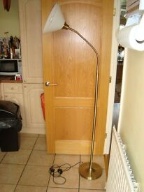 Natural Daylight Crafting Floor Lamp with 20w Energy Saving Bulb