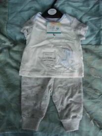 Eeyore top and trousers 0-3 months