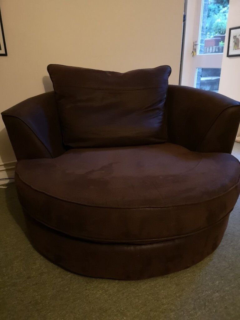 Pleasant Dark Brown Faux Leather Swivel Tub Armchair In Cambridge Cambridgeshire Gumtree Pabps2019 Chair Design Images Pabps2019Com