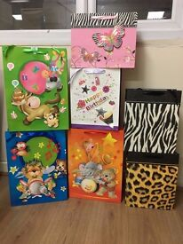 BRAND NEW LARGE AND EXTRA LARGE GIFT BAGS AND GIFT BOXES BULK SALE !!!