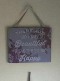 Hanging plaque decoration
