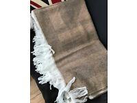 Large pashmina shawl
