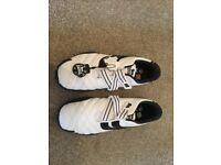 LONSDALE Brand new trainers Mens Size UK 11
