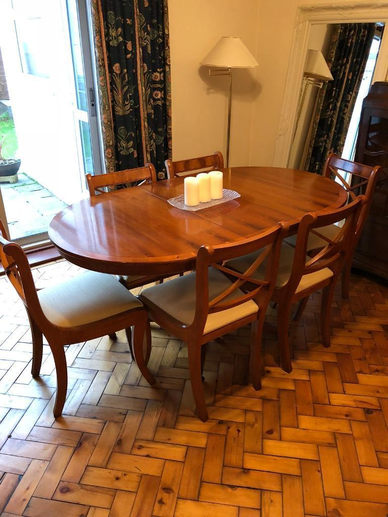 Yew Dining Room Table Chairs